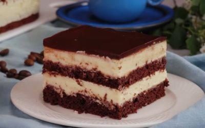 Kolač sa čokoladnim biskvitom i filom od vanile