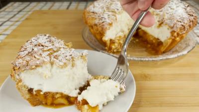 Torta sa jabukama i jogurtom