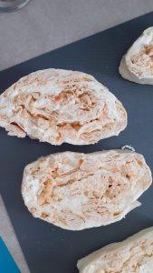 Rolat sa piletinom od kora za pitu